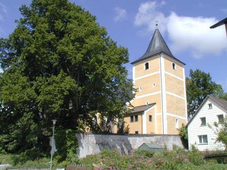 Kirche Lennesrieth